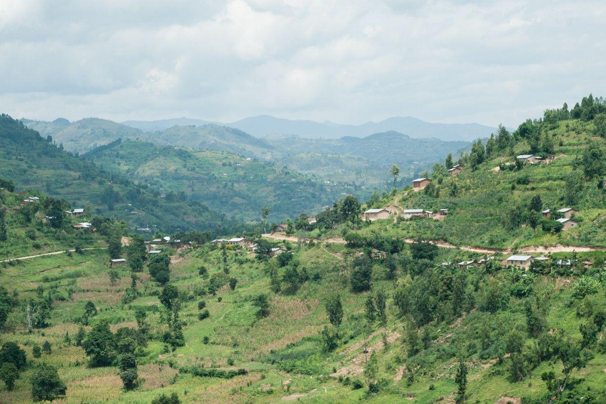 Rwandan_Landscape_One_Acre_.2e16d0ba.fill-2400×1600-c100